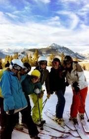 women ski day