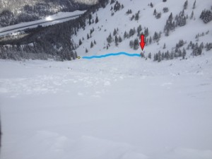 The blue line indicates the skin track ending where the party was struck by the avalanche. Photo: CAIC